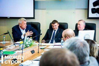 Сергей Носов нашёл управу на нелояльных мэрии депутатов-единороссов. Маслов, Горячкин и Казаринов «без лишних вопросов» утвердили схему нарезки избирательных округов
