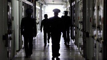 «Жаловаться бесполезно, только бьют ещё сильнее». Монологи пяти бывших заключённых, рассказавших АН «Между строк» о пытках и вымогательстве в ИК-5 Нижнего Тагила