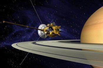 Зонд Cassini пролетел между Сатурном и его кольцами (ВИДЕО)