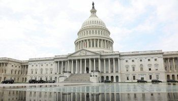 Сенат США отказался от введения новых санкций против России
