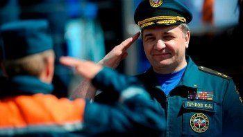 В Екатеринбург прилетит глава МЧС Владимир Пучков