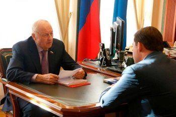 После подарка от Росселя свердловский губернатор дал поручения правительству