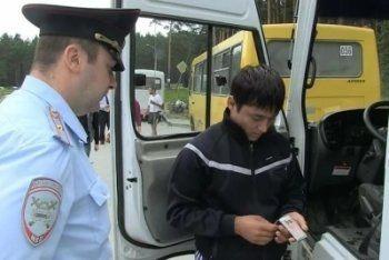 ГИБДД проверяет междугородные автобусы в Свердловской области