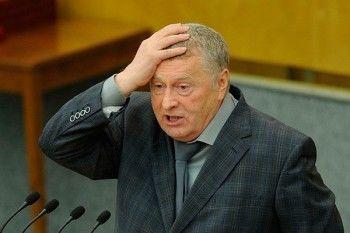 Жириновский предложил продавать спиртное один час в день