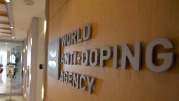 Больше тысячи российских спортсменов обвинили в причастности к допингу