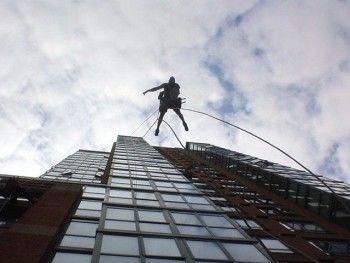 В Нижнем Тагиле рабочий сорвался с высоты