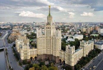 Навальный нашёл у вице-премьера Шувалова 10 квартир в сталинской высотке за 600 млн рублей