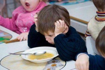 «Экономят на детях под шумок». В Нижнем Тагиле родители жалуются на питание в детских садах