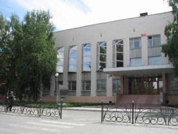 ФСБ и ОБЭП проводят обыски в администрации Верхней Салды