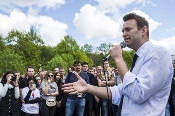 Навальный объявил о согласовании администрацией Петербурга акции на Марсовом поле