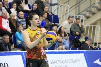 «Уралочка-НТМК» уступила в Красноярске