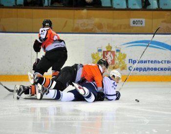 Очередная победа подняла ХК «Спутник» на пятое место