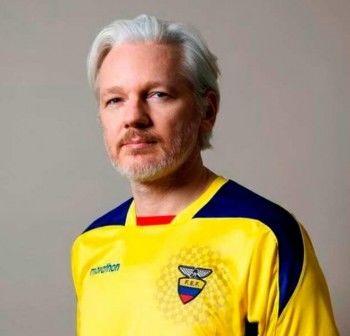 Джулиан Ассанж получил гражданство Эквадора