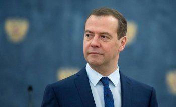 Медведев одобрил законопроект о телемедицине