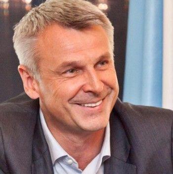 Доход Сергея Носова в 2016 году вырос на 57 тысяч рублей