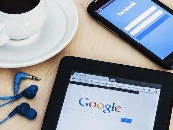 Facebook и Google начали поиск менеджера по взаимодействию с российскими властями