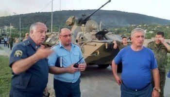 В Абхазии в результате взрывов на складе боеприпасов пострадали 35 россиян