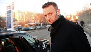 Навальный указал новую дату дебатов с Артемием Лебедевым