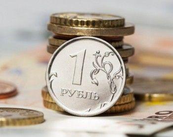 Биржевой курс доллара пробил отметку 77 рублей