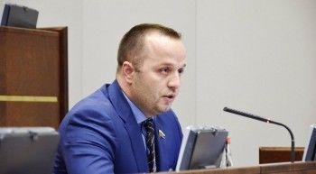 Депутатам Госдумы, предлагающим «глупые законы», посоветовали заниматься троллингом на телевидении