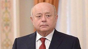 Путин наградил Фрадкова высшей военной наградой России