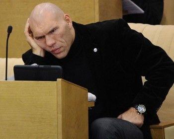 Депутаты Госдумы требуют не называть их дебилами и бездельниками. А то создаётся неверный образ власти