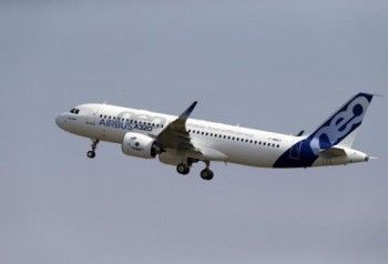 На разбившемся во Франции самолёте летело более 140 человек
