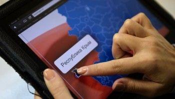Google и Apple могут наказать за отказ работать в Крыму