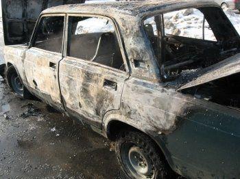 В Нижнем Тагиле сгорел гараж и два автомобиля