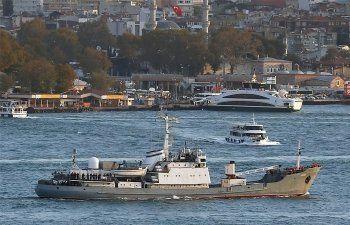 Корабль Черноморского флота получил пробоину после столкновения с другим судном. Пропали 15 российских солдат