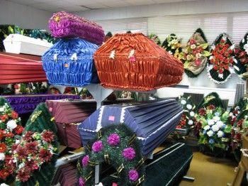 Государство не даст завышать цены на погребальные услуги