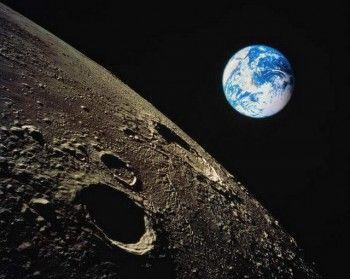 А вы говорите кризис! Россия собирается строить города на Луне
