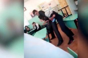Молодого педагога из Екатеринбурга уволили после драки с учеником (ВИДЕО)