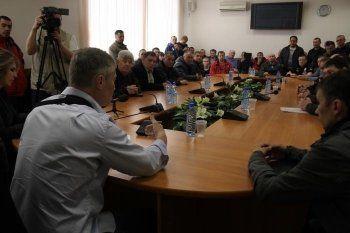 Протестующие дальнобойщики встретились с мэром Екатеринбурга