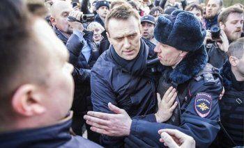 Алексея Навального арестовали на 15 суток за неповиновение полицейскому