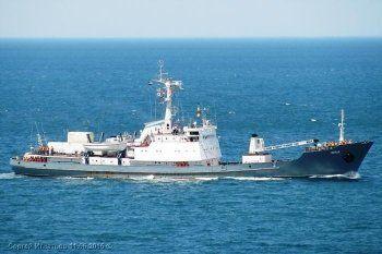 Получивший пробоину российский корабль «Лиман» затонул в Чёрном море