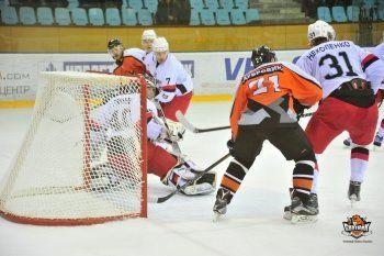 «Спутник» в зоне плей-офф