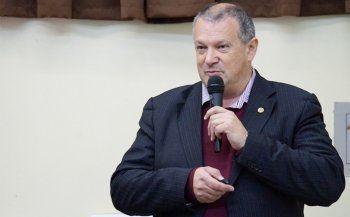 Глава экспертного совета ВАК написал заявление об отставке после сохранения учёной степени Мединскому