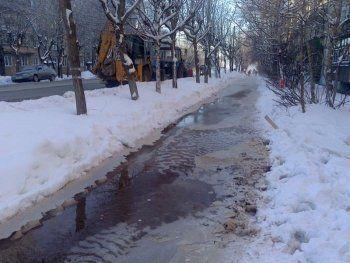 Коммунальные аварии оставили без воды два микрорайона Нижнего Тагила