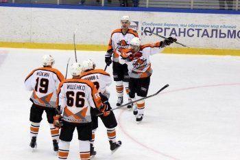 ХК «Спутник» вернулся в восьмёрку сильнейших команд ВХЛ. «Уралочка-НТМК» потерпела третье поражение в сезоне