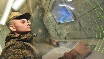 «Коммерсантъ» рассказал о поставках на российские оборонные предприятия иностранной техники под видом отечественной. «Разбирают, собирают, меняют этикетки»