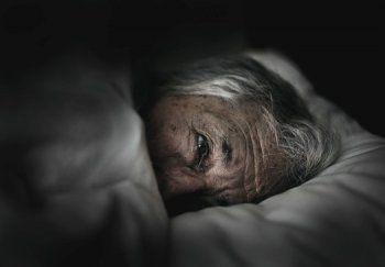 В Нижнем Тагиле 88-летний труженик тыла несколько лет живёт в наркопритоне сына-садиста. «От полиции толку мало – приедут, постучат и уедут»