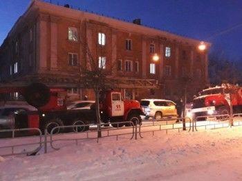 Учеников тагильской школы эвакуировали из-за задымления в спортзале