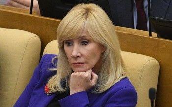 Депутат Оксана Пушкина поддержала СМИ из-за скандала со Слуцким