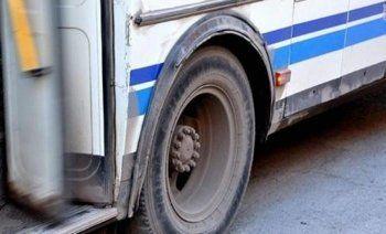 В Екатеринбурге из маршрутки выпала женщина с малолетним ребёнком