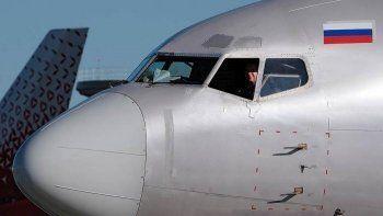 «Коммерсантъ» узнал о попытках авиакомпаний остановить отъезд пилотов в Азию