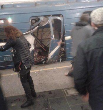 Взрыв в метро Санкт-Петербурга. Как поступали новости