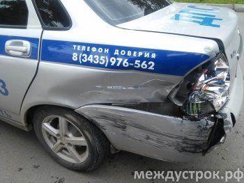 Сотрудники ДПС спровоцировали аварию в центре Нижнего  Тагила