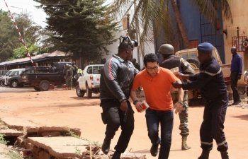 Полиция Мали освободила заложников из захваченного отеля