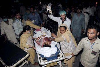 Число жертв теракта в Пакистане выросло до 69